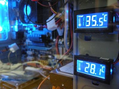 温度計のイルミネーション